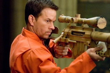 Mark Wahlberg in una scena di Shooter, da lui interpretato nel 2007