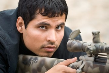 Michael Pena in una immagine di Shooter