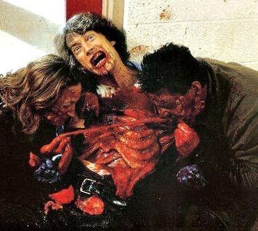 Una scena splatter del film Grind House