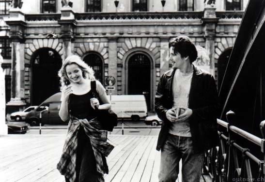 Julie Delpy ed Ethan Hawke in una scena del film 'Prima dell'alba'