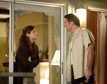 Sandra Bullock e Julian McMahon in una sequenza del film Premonition