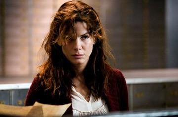 Sandra Bullock in una scena del mystery Premonition