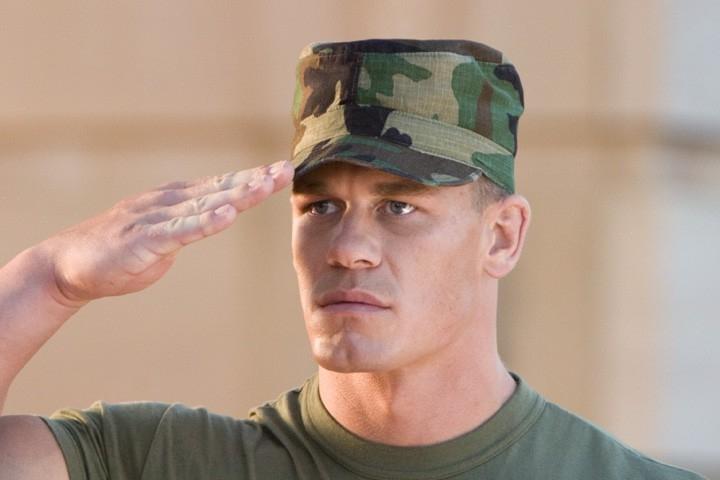 Primo piano di John Cena in una scena del film Presa Mortale