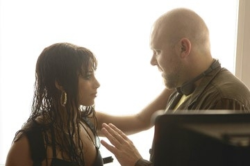 Alicia Keys e Joe Carnahan sul set di 'Smokin' Aces'