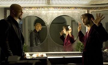 Jeremy Piven e Common in una scena di 'Smokin' Aces'
