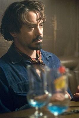 Robert Downey Jr. in una scena del film Zodiac