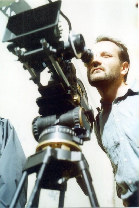 Il regista Vittorio Moroni sul set del film Le ferie di Licu