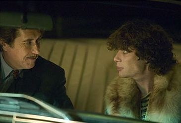 Cillian Murphy  in una scena del film Breakfast on Pluto