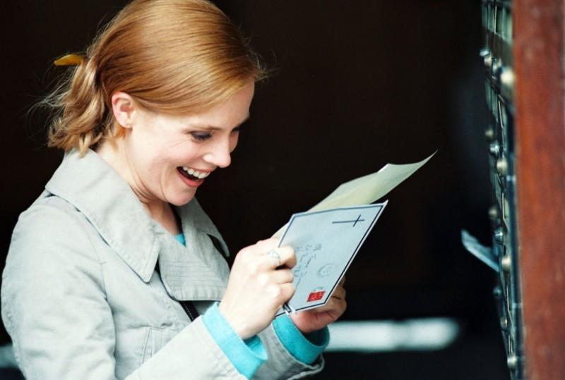 una sorridente Isabelle Carré in Hotel a cinque stelle