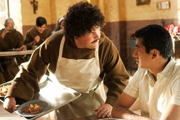 Jareb Dauplaise and Kal Penn in in una scena di Epic Movie