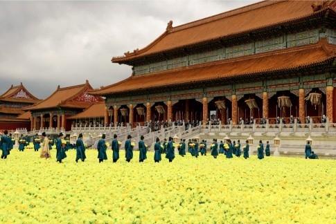 Una scena del film La città proibita diretto da Zhang Yimou