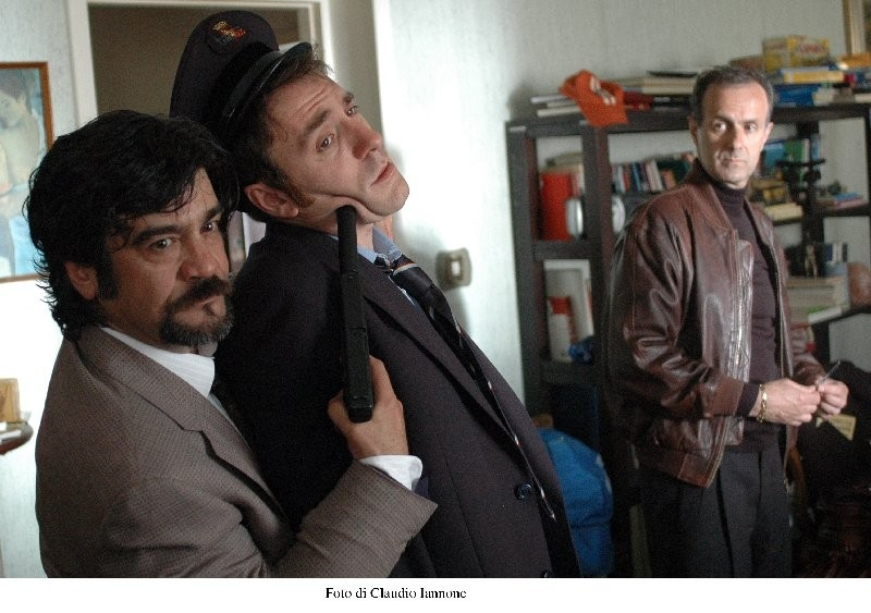 Roberto Citran, Francesco Pannofino e Valerio Mastandrea in una scena di Notturno Bus