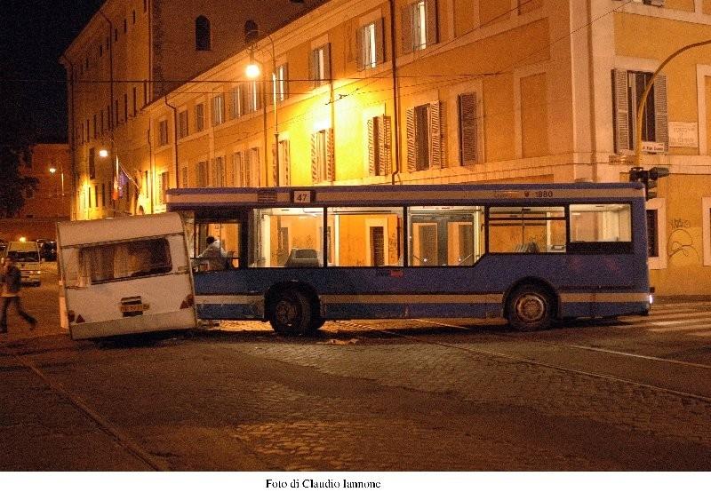 Una scena di Notturno Bus
