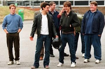 Jamie Parker, Dominic Cooper, Russell Tovey, Andrew Knott e James Corden in una scena del film The History Boys