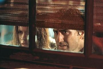 Kate Beckinsale e Luke Wilson in una sequenza del film Vacancy