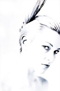 Stefania Rocca in versione platino
