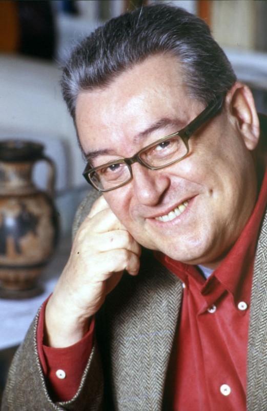 un ritratto di Enzo Salomone