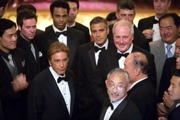 George Clooney e Al Pacino in una scena del film Ocean's Thirteen