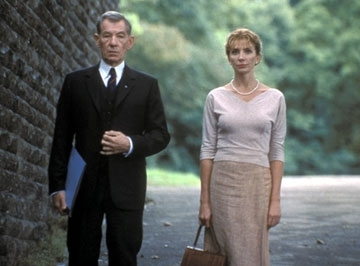 Ian McKellen e Natasha Richardson in una scena del film Follia