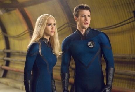 Chris Evans insieme a Jessica Alba ne I fantastici 4 e Silver Surfer