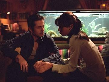 Eva Longoria e Freddy Rodriguez in una scena dal film Harsh Times - I giorni dell'odio