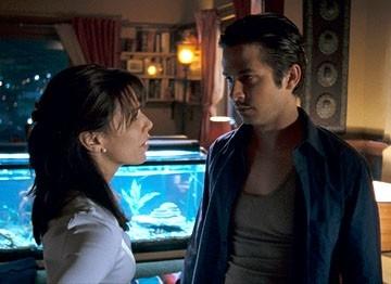 Eva Longoria e Freddy Rodriguez in una scena di Harsh Times - I giorni dell'odio