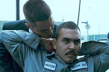 Noel Guglielmi e Christian Bale in una scena del film Harsh Times - I giorni dell'odio