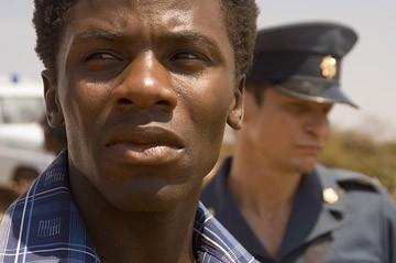 Derek Luke in una scena del film Catch a Fire