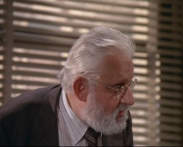 Albert Hague in una scena del telefilm 'Saranno Famosi'