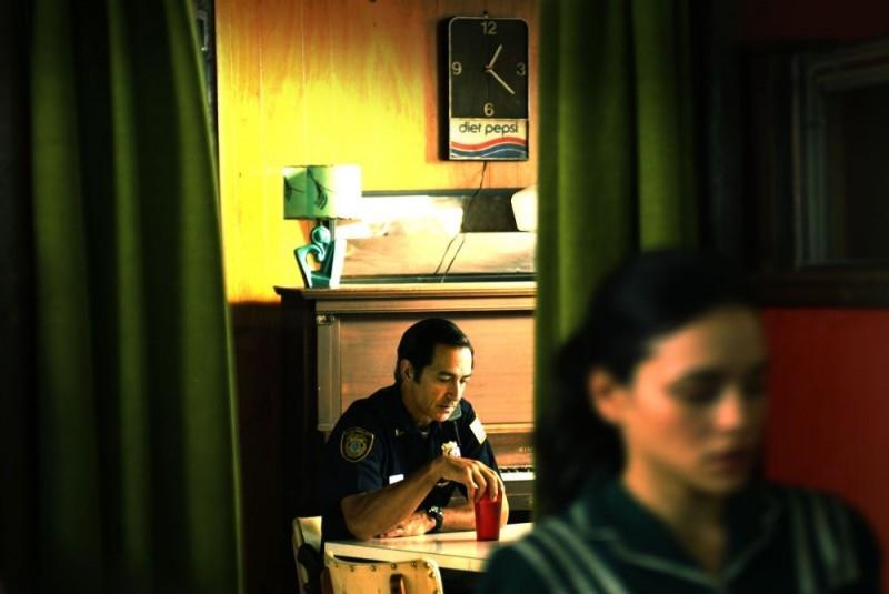 David Strathairn in una scena del film My Blueberry Nights