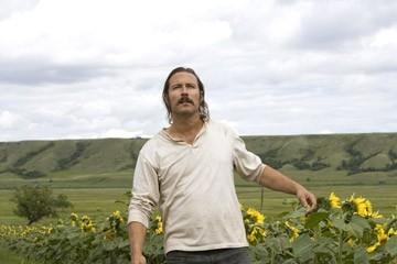 John Corbett in una sequenza del film The Messengers