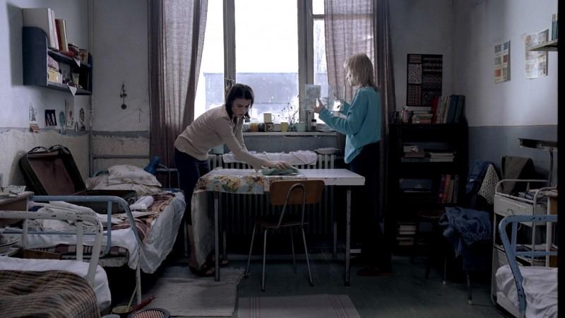 Una scena del film 4 Mesi, 3 Settimane e 2 Giorni
