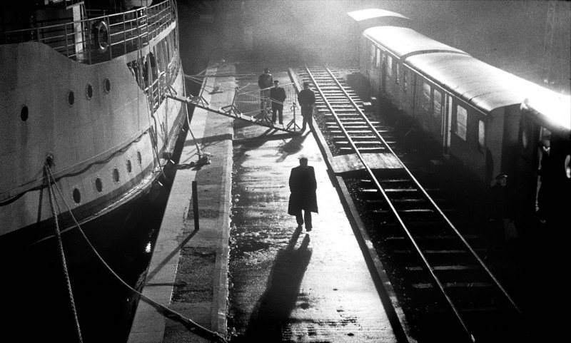 Una scena del film 'The Man from London'