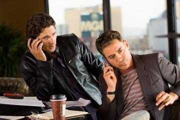 Robert Downey e Eric Bana in una scena di Le regole del gioco