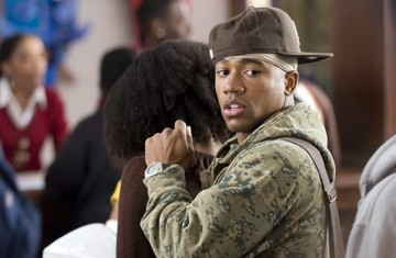Columbus Short in una sequenza del film Stepping