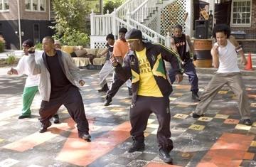 Columbus Short in una sequenza di ballo del film Stepping