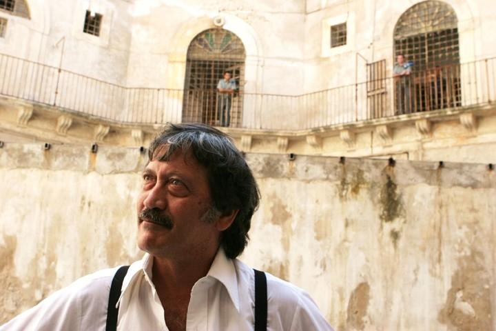 Una scena del film L'uomo di vetro, 2007