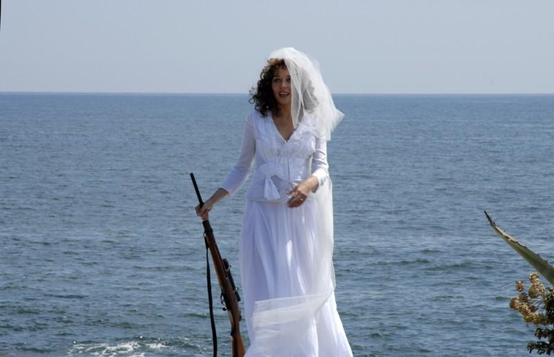 Valeria Golino in una scena del film Il sole nero