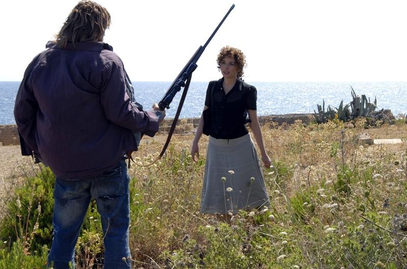 l'attrice Valeria Golino in una scena del film Il sole nero