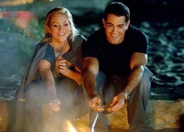 Brittany Snow e Jesse Metcalfe in una scena di John Tucker Must Die