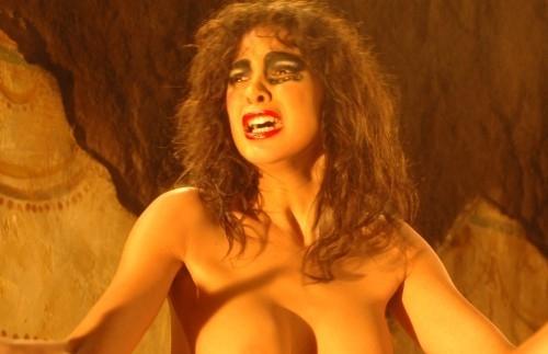 Moran Atias è Mater Lacrimarum, ovvero la più bella e crudele delle Tre Madri argentiane