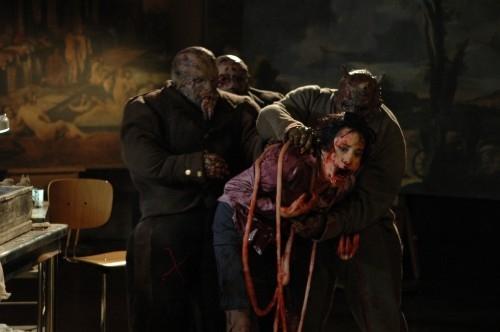 Una scena del film La terza madre