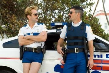 Thomas Lennon e Robert Ben Garant in una scena di Reno 911!: Miami