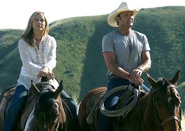 Tim McGraw e Maria Bello in una scena del film Flicka