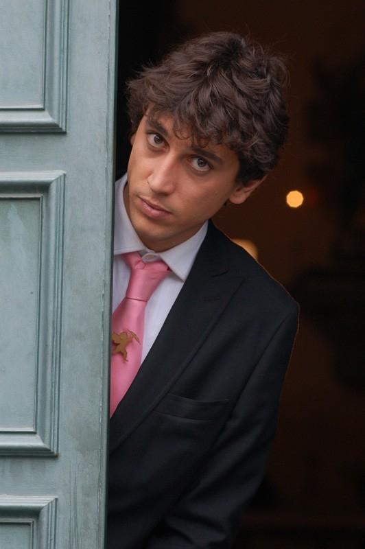 Corrado Fortuna nel film Agente Matrimoniale