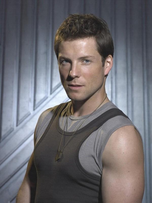 Jamie Bamber nei panni di Lee 'Apollo' Adama in Battlestar Galactica