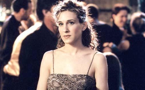 Sarah Jessica Parker in una scena della serie Sex and the City, episodio Il giusto scambio