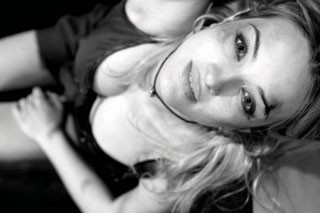 Una sexy Carolina Crescentini