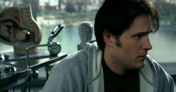 Scott Whyte in una scena del film Reeker