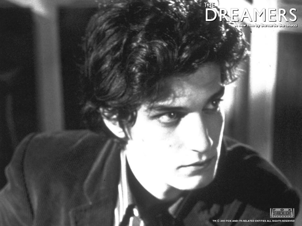 Louis Garrel in un wallpaper del film The dreamers - I sognatori
